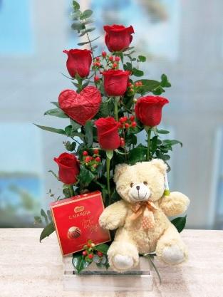 Ingeniosos y Bellos detalles de Cumpleaños para una Enamorada - rosas y peluche